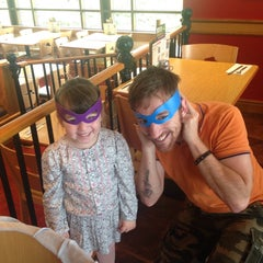 Photo taken at Pizza Hut by David T. on 10/21/2014