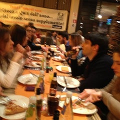 Photo taken at Troppapizza by Maurizio G. on 3/14/2013