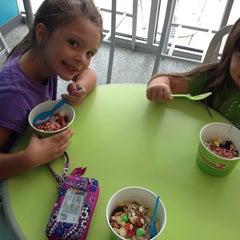 Photo taken at Spoonz by Jennifer J. on 7/5/2014