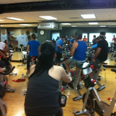 Photo taken at 24 Hour Fitness by Mailyn B. on 11/6/2012
