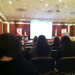 Photo taken at Universidad de Las Américas by Héctor M. on 9/27/2012