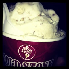 Photo taken at Cold Stone Creamery by Cherry S. on 5/6/2013