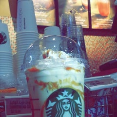 Photo taken at Starbucks | ستاربكس by Manar A. on 1/19/2015