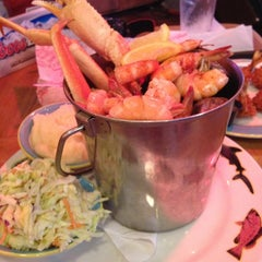 Photo taken at Crabby Bill's Clearwater Beach by Benjamin F. on 2/28/2013