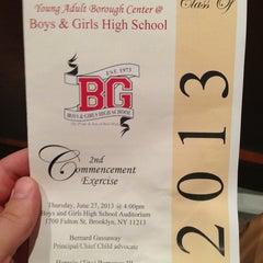 Das Foto wurde bei Boys and Girls High School von Christopher M. am 6/27/2013 aufgenommen