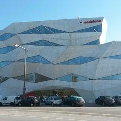 Photo taken at Loja Vodafone by Rafael G. on 3/7/2014