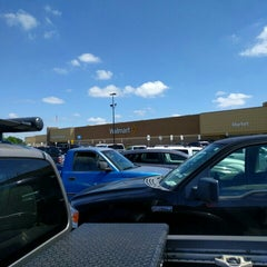 Photo taken at Walmart Supercenter by Leo I. on 4/15/2016