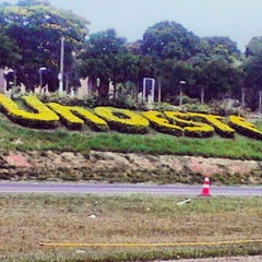 Photo taken at UNOESTE - Universidade do Oeste Paulista by Deh Eduardo B. on 10/21/2012