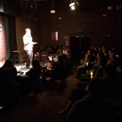 Photo taken at Flappers Comedy Club by Kris R. on 3/22/2014