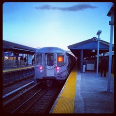 Photo taken at MTA Subway - Kings Highway (B/Q) by 🔌Malectro 7. on 3/27/2013