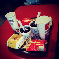Photo taken at McDonald's by Isaias P. on 10/20/2012
