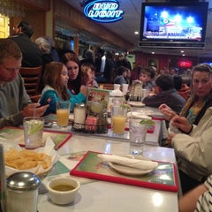 Photo taken at Dos Salsas by Rob P. on 11/24/2012