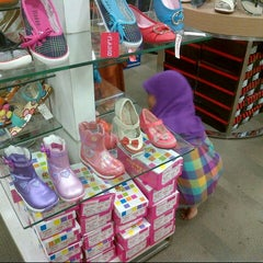 Photo taken at Matahari Dept. Store by Ratih M. on 7/4/2013