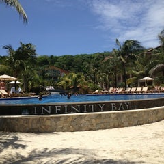 Photo taken at Infinity Bay by Milissen F. on 7/6/2013