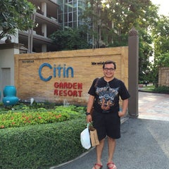 Photo taken at Citin Garden Resort by Machruzar m. on 9/28/2014