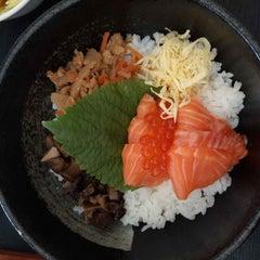 Photo taken at Tokyo Deli by Dzinh Tran on 3/5/2015