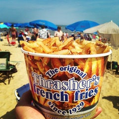 Photo taken at Thrasher's French Fries by Brian S. on 8/31/2013