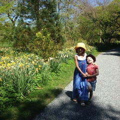 Photo taken at Blithewold Mansion, Gardens & Arboretum by Karolina S. on 5/12/2014