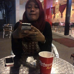Photo taken at Richeese Factory by Danur Pawitra on 6/26/2015