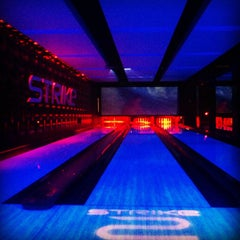 Photo taken at Strike Bowling Bar by DjLORD on 4/5/2013
