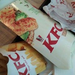 Photo taken at KFC by diyana d. on 10/10/2015