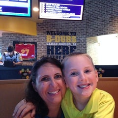 Photo taken at Buffalo Wild Wings by Terry D. on 8/2/2014