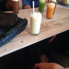 Photo taken at ESCAPE Bistro & Café by Jeddilok P. on 10/2/2015