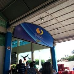 Photo taken at Supermercado Supra by KRYSTYANU R. on 12/24/2012