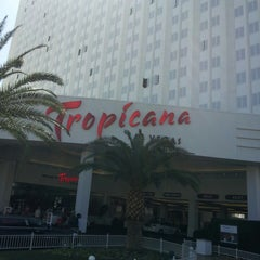 Photo taken at Tropicana Las Vegas by Alexandre T. on 3/22/2013