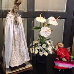 Photo taken at La Funeraria Paz by Tsitsiritsi on 3/7/2015