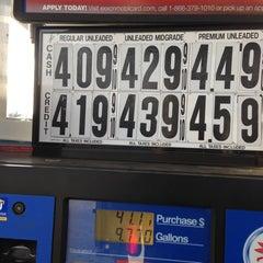 Photo taken at Mobil by Ryan P. on 12/12/2012