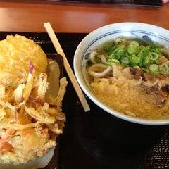 Photo taken at 香の川製麺 枚方津田店 by Vivi D. on 2/23/2013