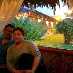 Photo taken at Restoran Istana Bambu by Hazeda E. on 9/12/2015