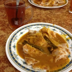 Photo taken at Restoran Ismail by Lily I. on 3/16/2013