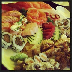Photo taken at Sachô - Restaurante e Temakeria by Natalya B. on 9/26/2013