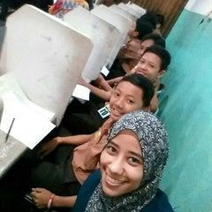 Photo taken at SMP Negeri 1 Surabaya by Amirah W. on 10/29/2015