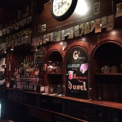 Photo taken at Molly Malone's by Christian L. on 6/13/2015