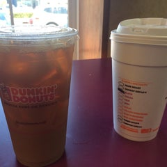Photo taken at Dunkin Donuts by Eric A. on 5/14/2016