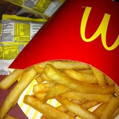 Photo taken at McDonald's by Ignacio V. on 5/22/2013