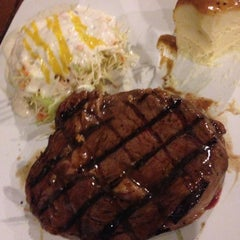 Photo taken at Me'nate Steak House by Roy H. on 11/20/2012