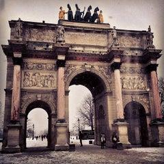 Photo taken at Arc de Triomphe du Carrousel by Pedro S. on 3/14/2013