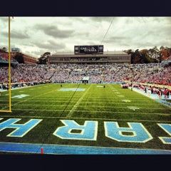 Photo taken at Kenan Memorial Stadium by Angelo C. on 10/27/2012