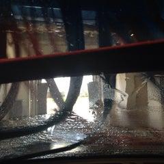 Photo taken at Rolling Creek Car Wash by Demetrio M. on 3/12/2014