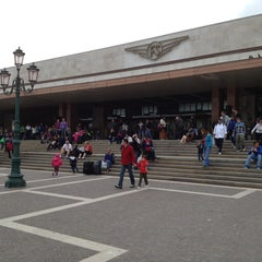 Photo taken at Stazione Venezia Santa Lucia by Alberto C. on 4/27/2013