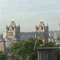 Photo taken at DoubleTree by Hilton Hotel London - Tower of London by David N. on 6/25/2013