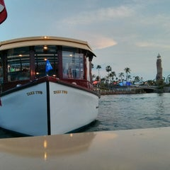 Photo taken at CityWalk Water Taxi by Catarina L. on 4/28/2014