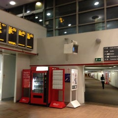 Photo taken at Stockport Railway Station (SPT) by Alex F. on 11/28/2012