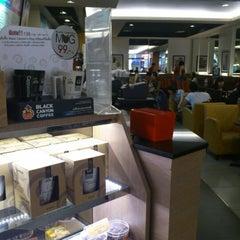 Photo taken at Black Canyon Coffee (แบล็คแคนยอนคอฟฟี่) by Wa _. on 2/10/2013