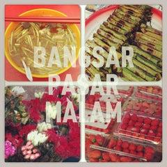 Photo taken at Pasar Malam Bangsar by @MikeManicka on 3/17/2013