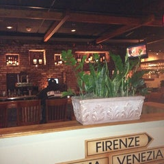 Photo taken at Carrabba's Italian Grill by John C. on 2/7/2013
